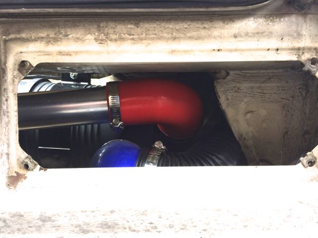 Betsy Intake Snorkel Hose Routed-red.jpg