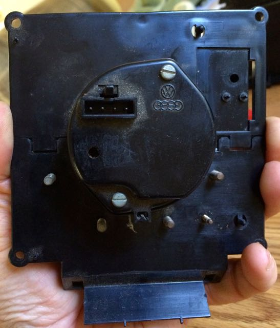Vanagon tacho backplate.jpg